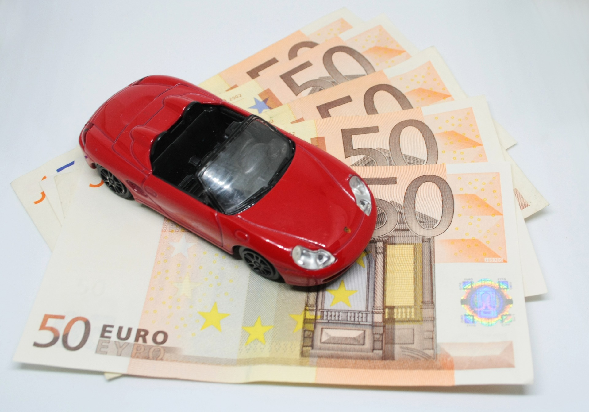 Assurances : une hausse attendue pour l'auto et l'habitation en 2019
