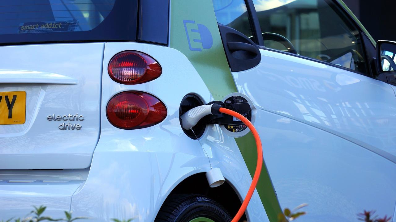 La France est le troisième marché européen pour les véhicules électrifiés
