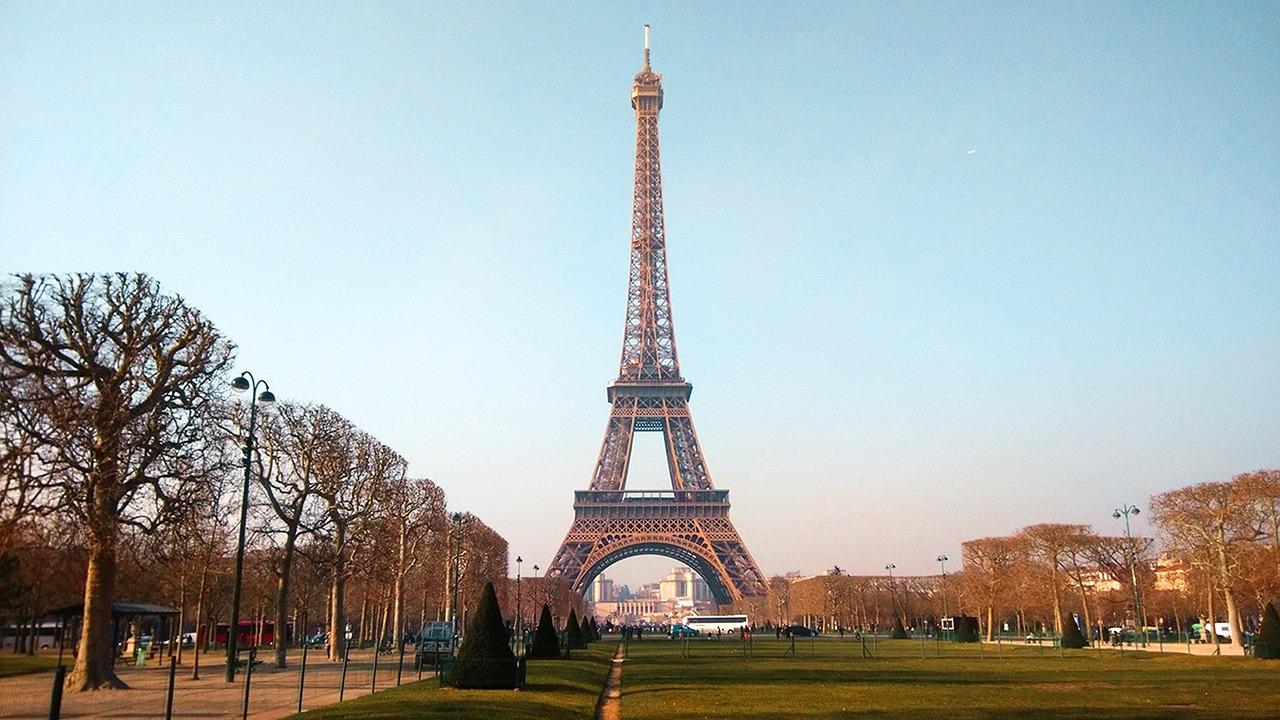 Une fréquentation touristique en légère baisse à Paris au premier semestre