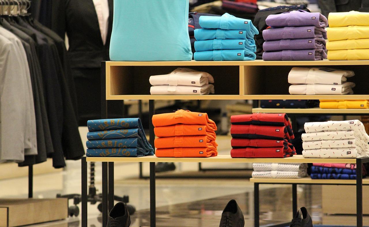GAP va fermer 8 magasins en France