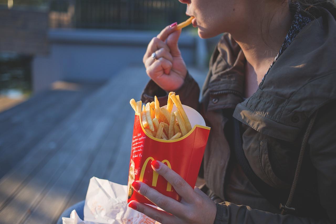 McDonald's teste un sandwich sans viande au Canada