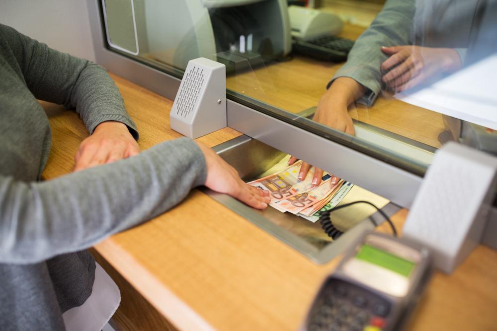 Tarifs bancaires : les hausses moins importantes que prévues