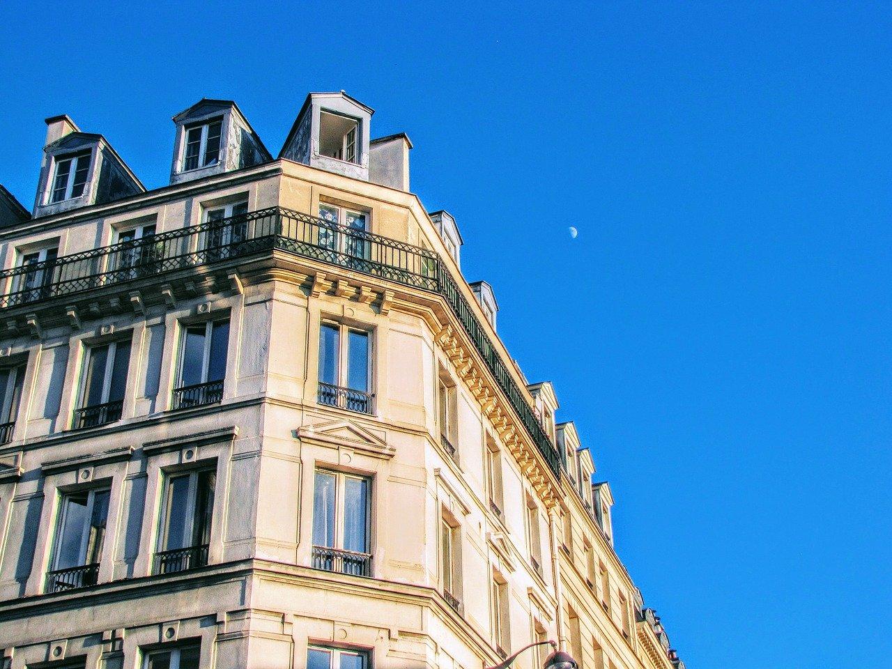 Baisse inédite des loyers des studios à Paris