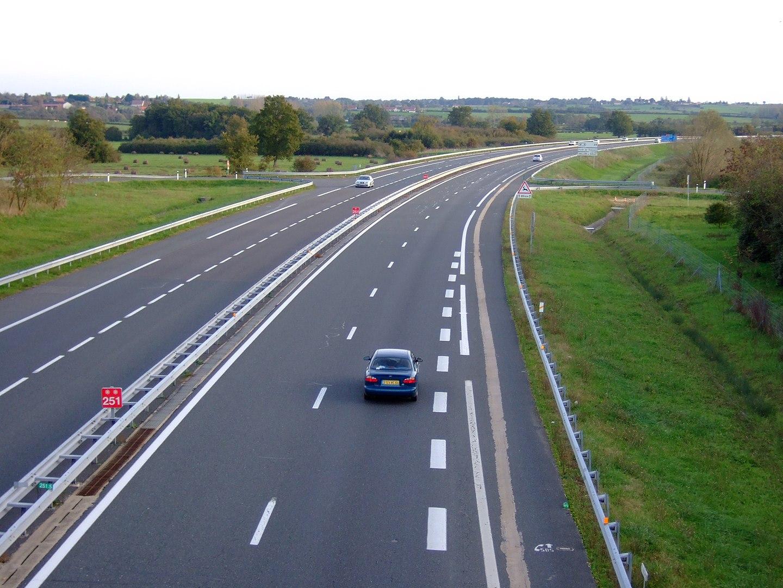 Autoroutes durables, le gouvernement se montre vigilant