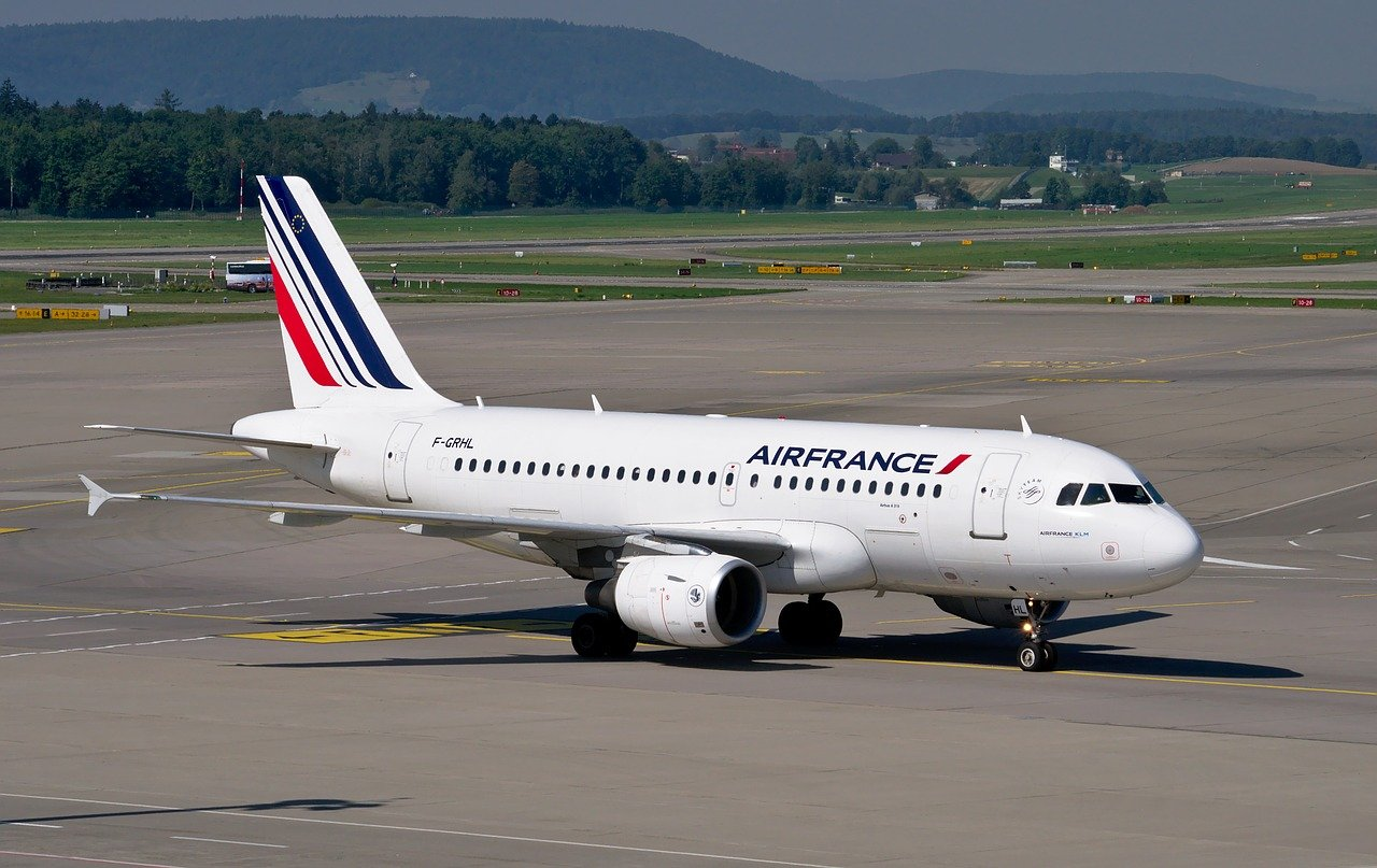 Air France : un vol entre Paris et Montréal qui carbure à l'huile de cuisson
