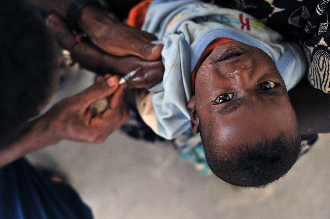 FMI : l'inégalité d'accès aux vaccins compromet la croissance mondiale