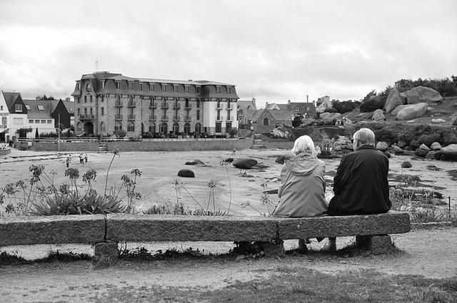Pour atteindre les 2 600 euros mensuels de retraite, un ménage devra épargner 520 euros par mois dès 25 ans...