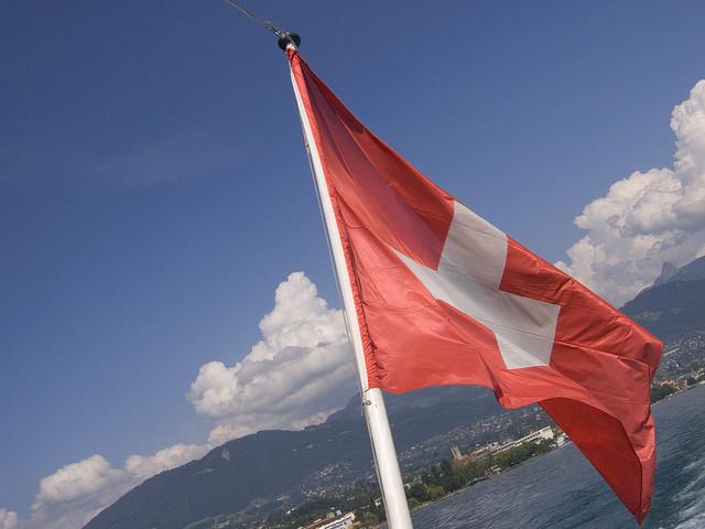 Les Suisses ont refusé le plafonnement des hauts salaires des patrons, après avoir refusé les parachutes dorés il y a huit mois.
