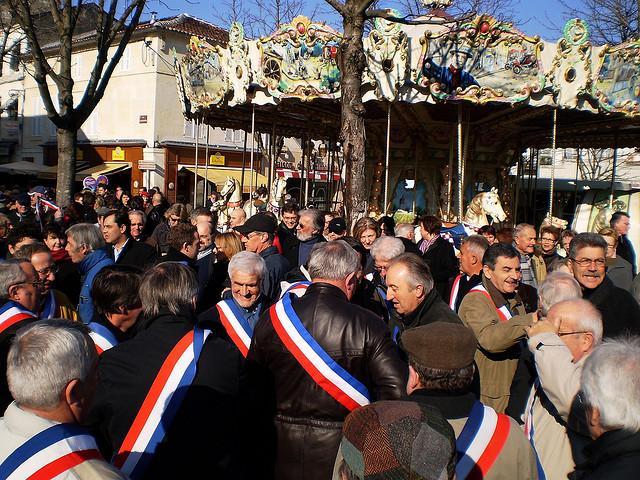 Les élus locaux attendent énormément de la réforme fiscale de Jean-Marc Ayrault.