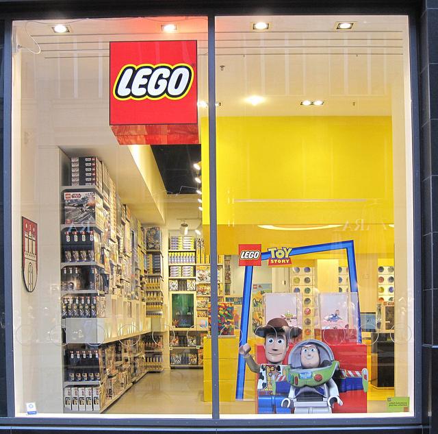 Lego publie des résultats record et une croissance à deux chiffres
