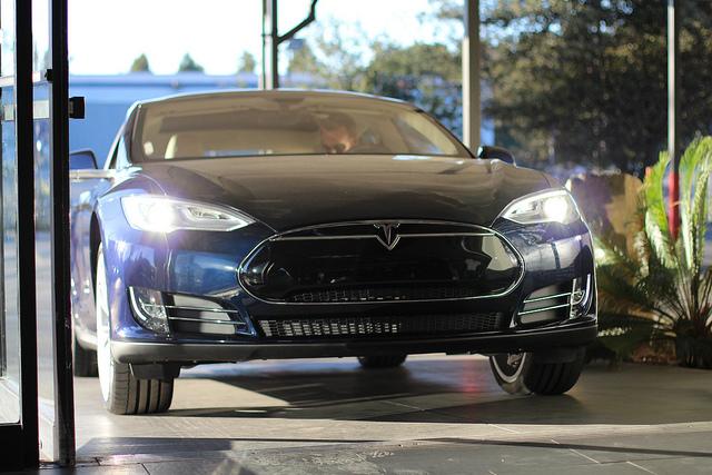 Le piratage d'une Tesla Model S est à la portée de tous
