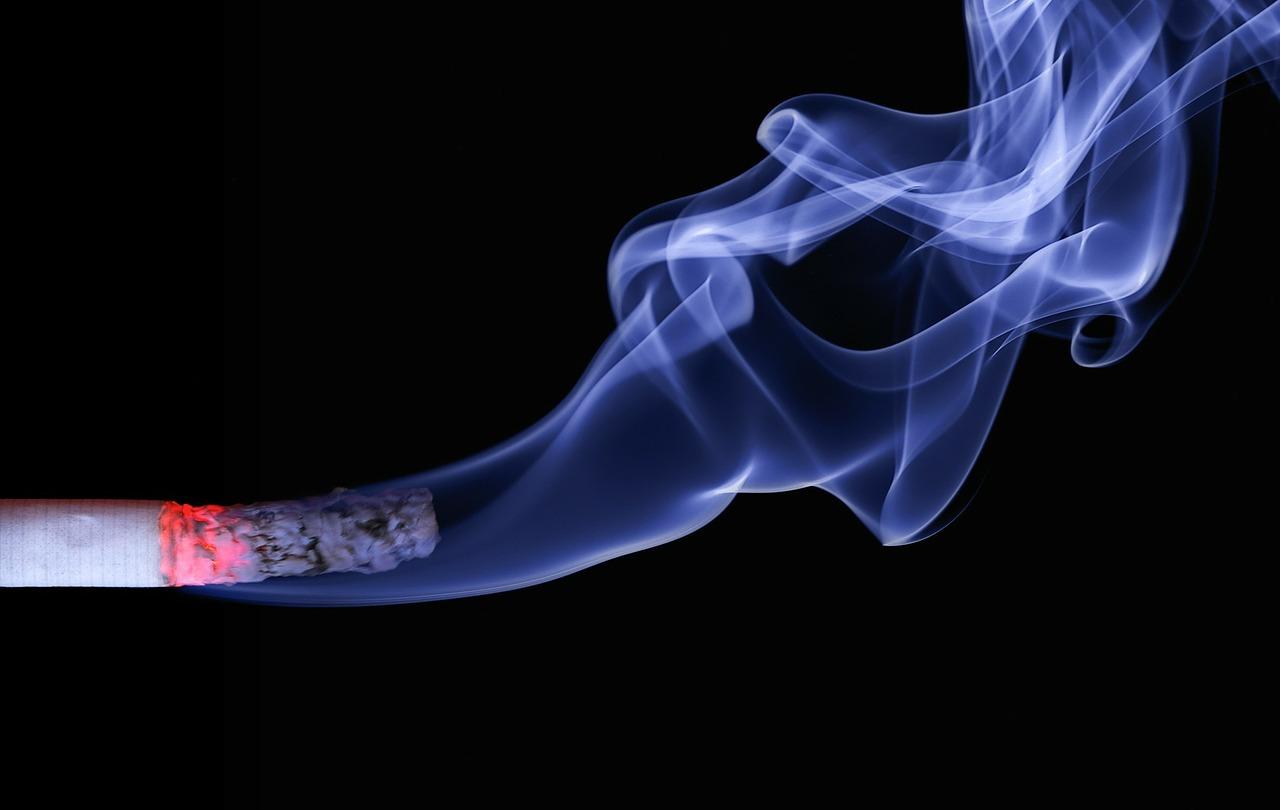 Axa se désengage de l'industrie du tabac