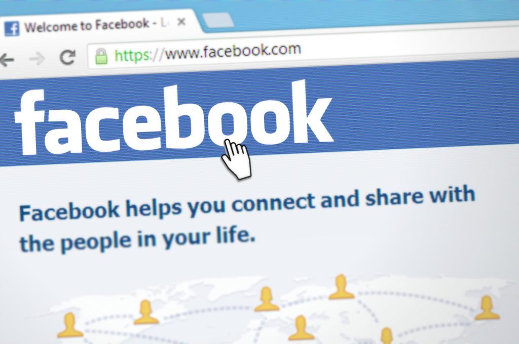 Facebook : toujours plus d'abonnés, toujours plus de publicité