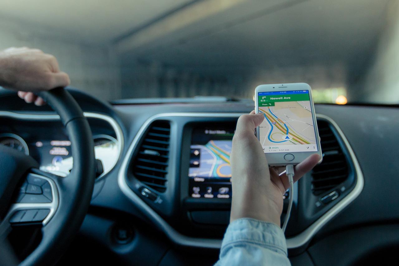 Uber développe un concurrent de Google Maps