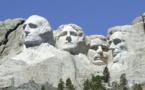L'agence Fitch menace de dégrader la note de la dette américaine