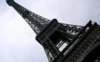 Un centre commercial sous la Tour Eiffel ?
