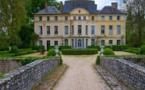 Le château de Catherine Deneuve mis en vente à 4 millions d'euros