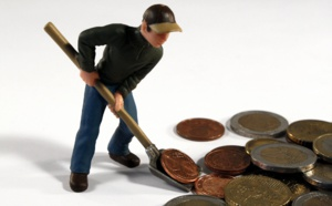 Crise économique : L'Insee optimiste, Bruxelles pessimiste