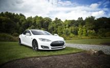 Tesla franchit la barre des 600 kilomètres d'autonomie pour ses voitures