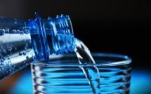 Biocoop arrête la vente de bouteilles d'eau en plastique