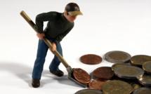 Les frais bancaires pèsent lourdement sur les ménages en difficulté