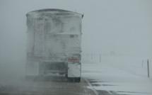 Neige : les transporteurs routiers demandent une indemnisation à l'État