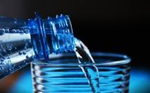 Avec Smartwater, Coca-Cola lance son eau premium en France