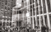 Apple franchit le seuil des 1 000 milliards de dollars en Bourse