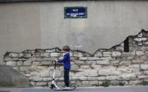 Les trottinettes électriques vont être interdites de trottoir à Paris