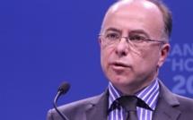 """Cazeneuve : """"Il faut mettre le cap sur les économies, jusqu'à la fin de la législature"""""""