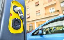 Voiture électrique : la France comptera sept millions de bornes de rechargement en 2030