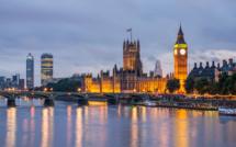 Manuel Valls défend ses réformes économiques à Londres