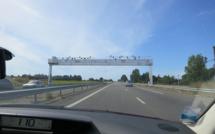 Ecomouv' : le gouvernement résilie le contrat sur l'écotaxe