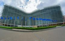 Budget : Bruxelles accorde un délai de quatre mois à la France