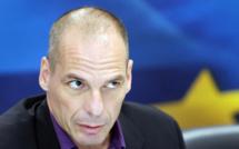 Yanis Varoufakis vote oui aux réformes de rigueur en Grèce