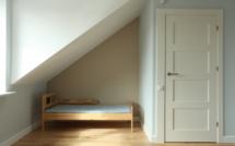 Logement : à Paris, plus de 100 000 chambres de bonnes inhabitées